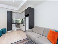 1 Bedroom Apartment or 2 Bedroom Apartment or 2 Bedroom Apartment Balcony - BreakFree on Collins